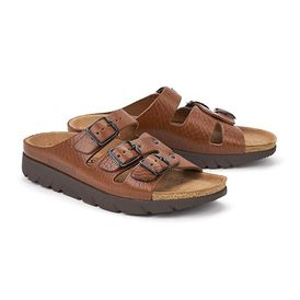 Zach-4442-brown