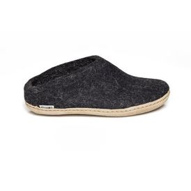 slip-on-black-